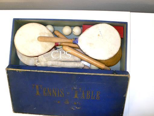 Boite complète de tennis de table